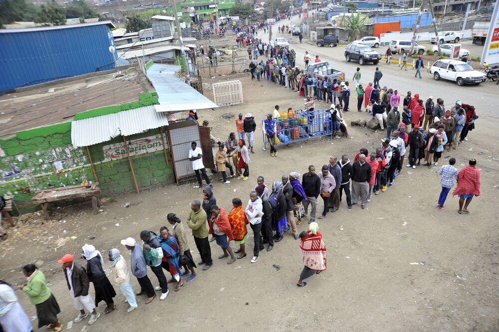 Kenyan Electoral Officials Resign, Citing Lack of Leadership