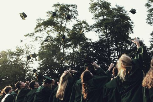 Why Women Earn Less Than Men a Year Out of School