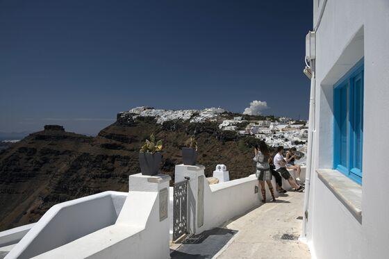 Greece Beat theCoronavirus. Can Tourists Now Save ItsEconomy?