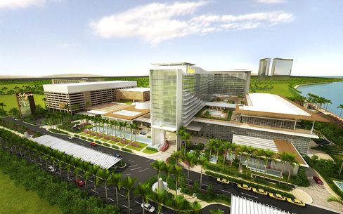 Bloomberry Poaches Filipinos in Macau for Casino