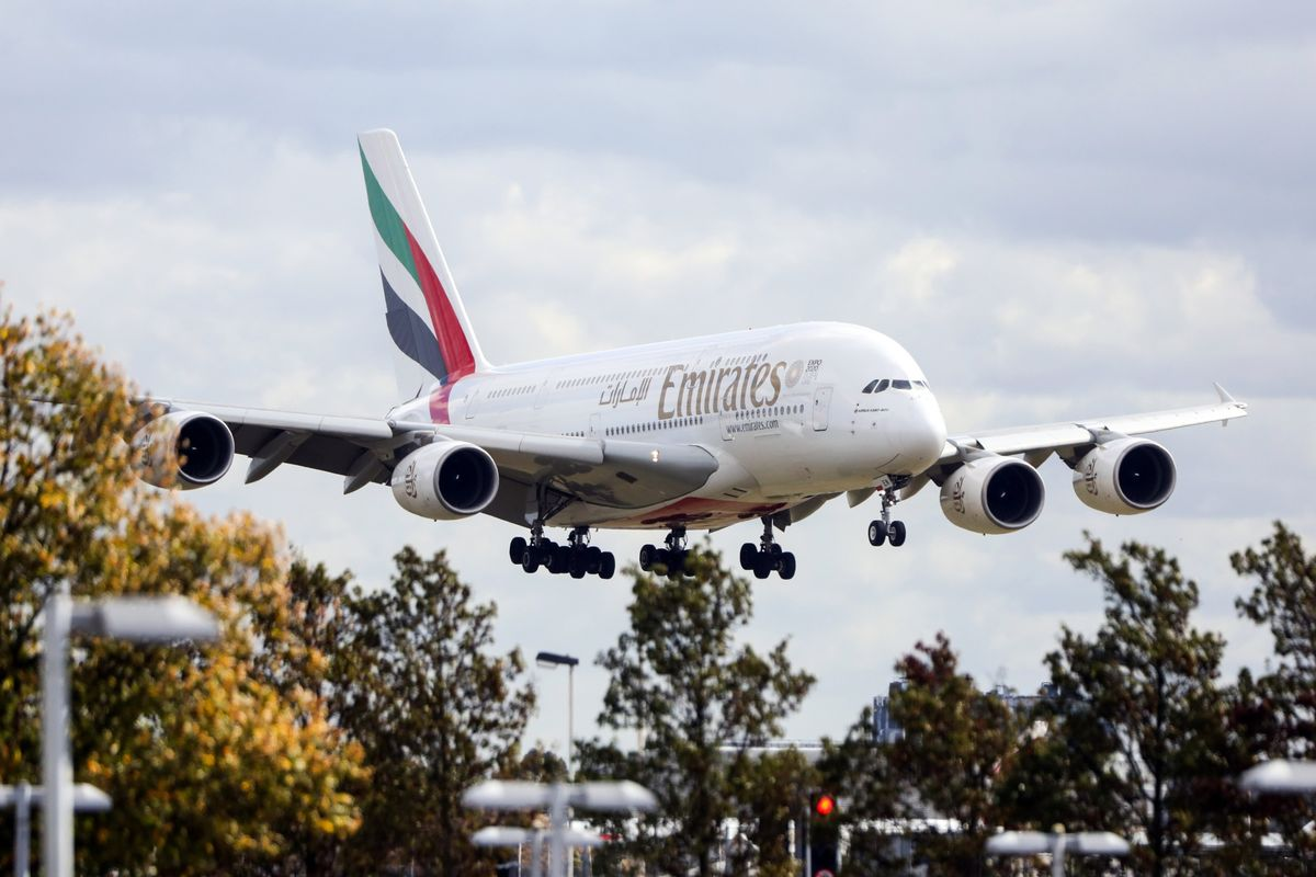 Emirates Deals a Death Blow to Superjumbo Jet: Weekend Edition