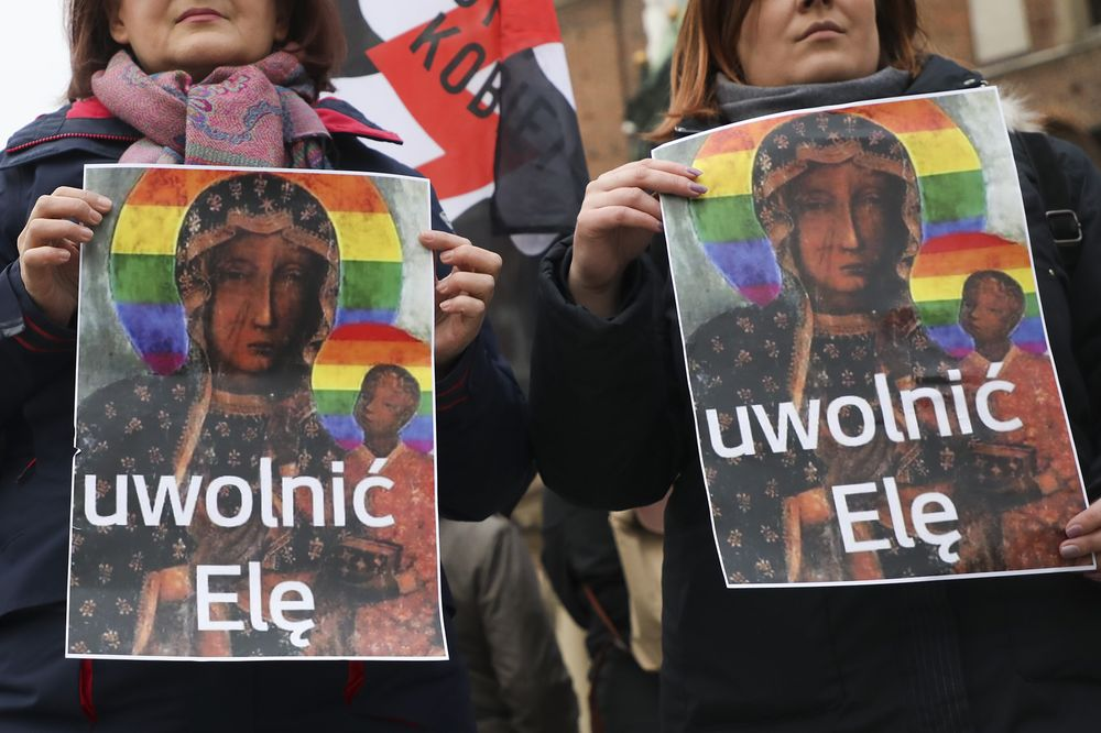 People demonstrate with 'Free Ela' posters in Krakow on May 6, 2019.