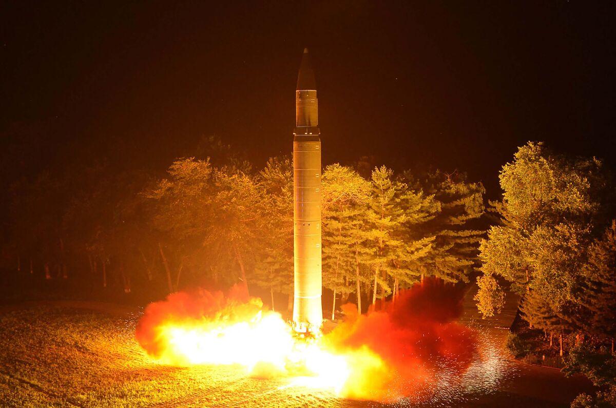 North Korea Gives Trump 'Christmas' Choice in Veiled Threat