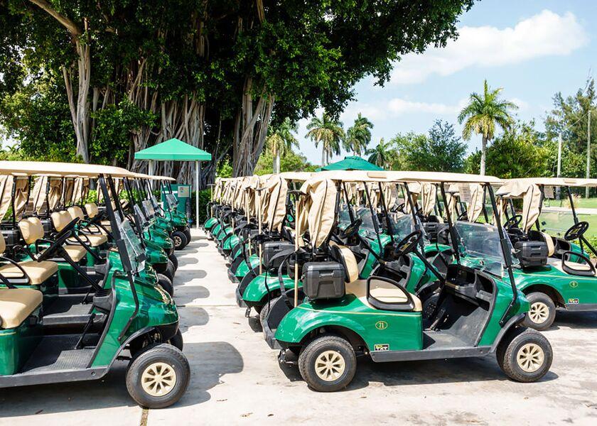 Miami Beach, Public Golf Course, electric golf carts