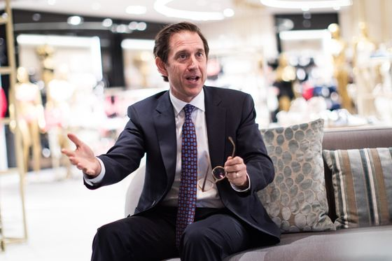 Hudson's Bay Chairman Tied Europe Sale to Take-Private Deal