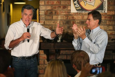 Senate Republican Candidates Keep Distance From Romney in Races
