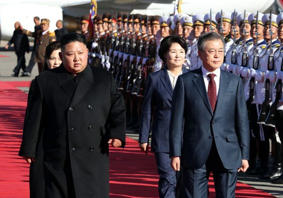 Kim Jong Un Wants Second Summit With Trump Soon, Moon Says