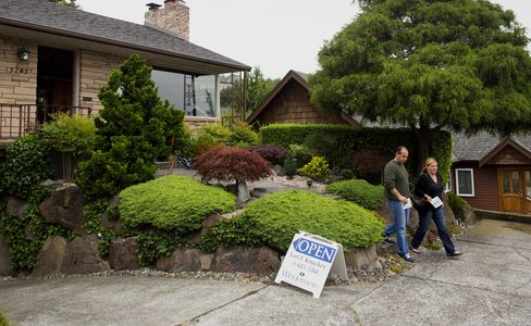 Sales Of Existing Homes In U.S. Rise To Eight-Month High