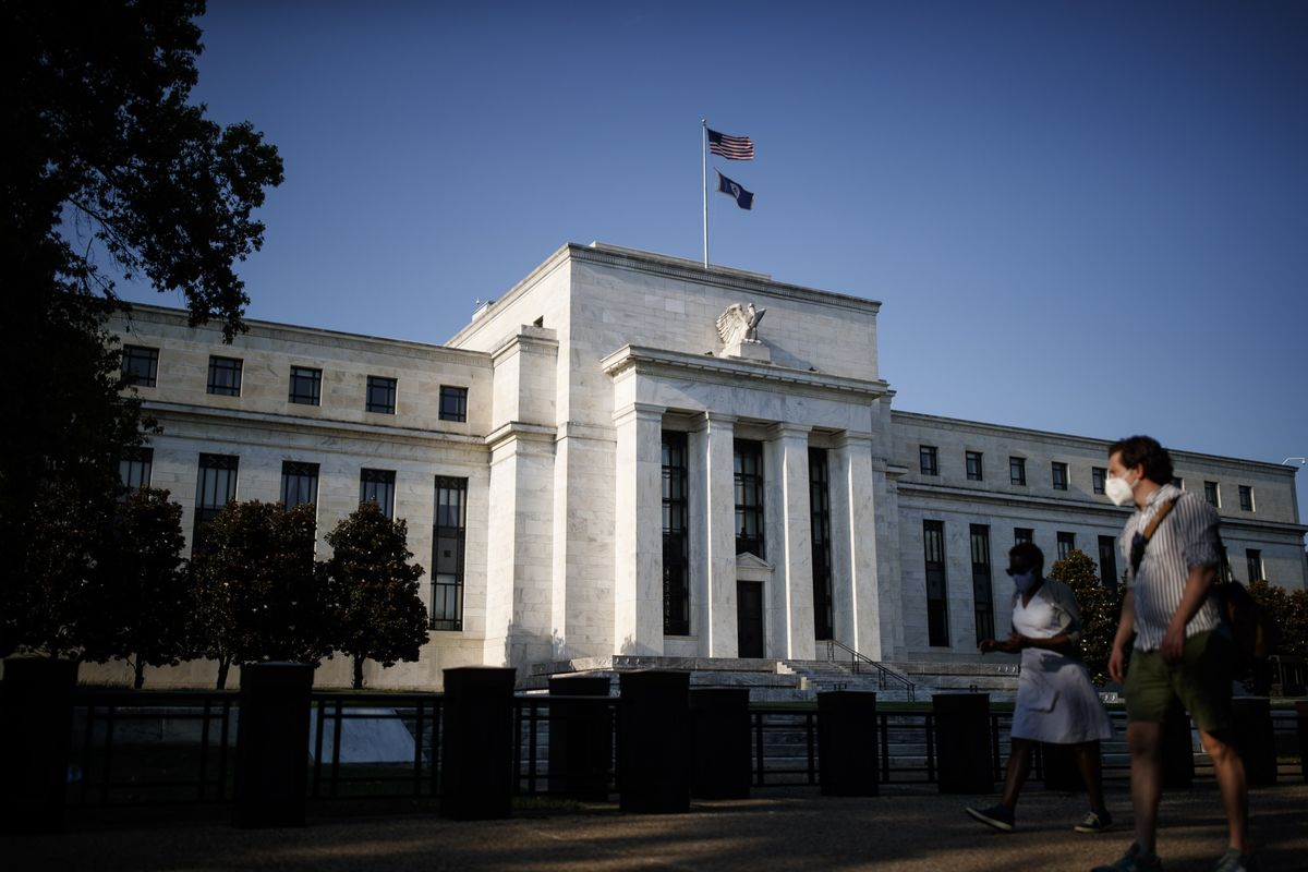 Central Bankers Inflate the Numbers on QE