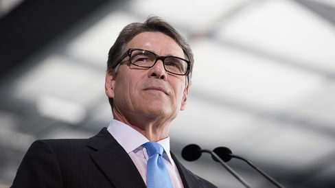 PERRY ANNOUNCES