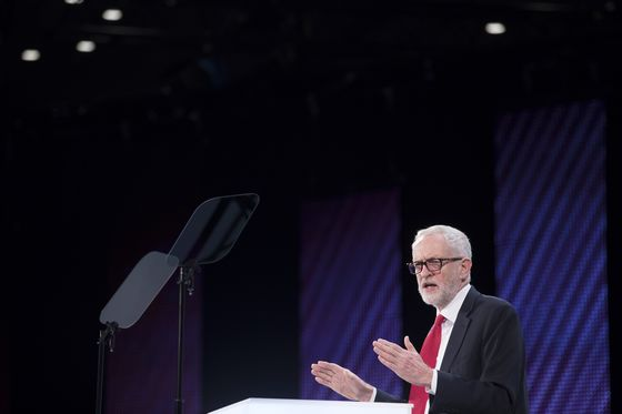 Labour MPs Told to Ready for U.K. Confidence Vote: Observer