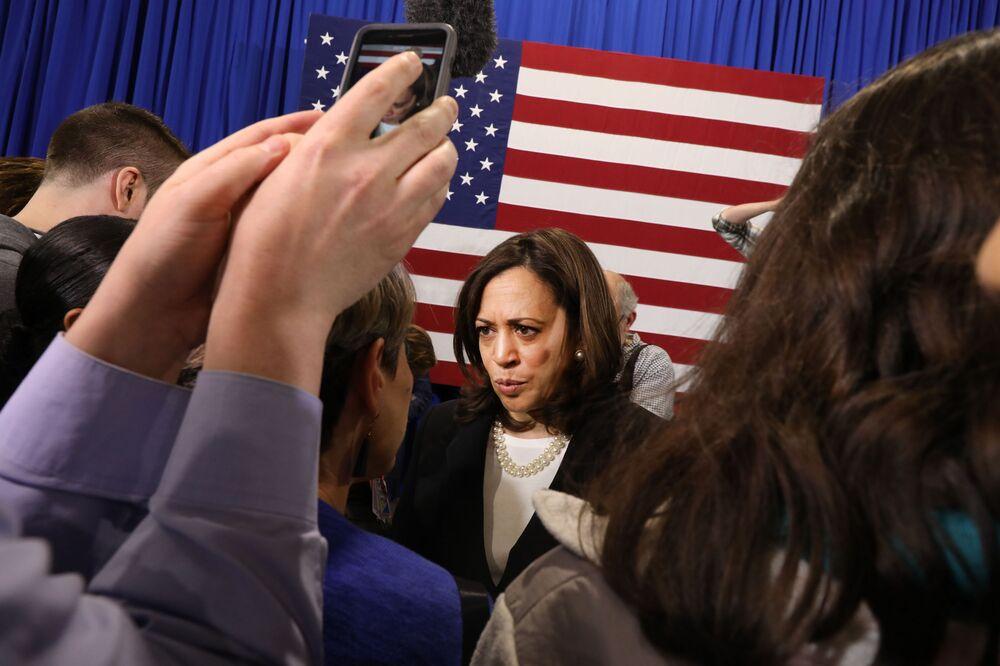 California's Harris Risks Home-State Fade Despite Cash Edge
