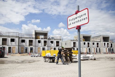 Danish Beat Treasuries as Homes Slide at Lowest Rates
