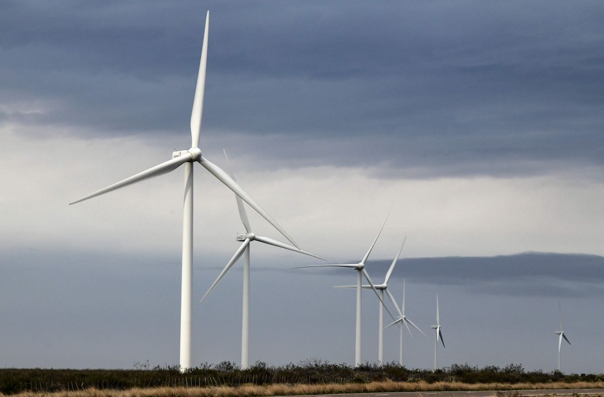 Clean Energy Boom Imperiled by Argentina's Free-Market Fizzle