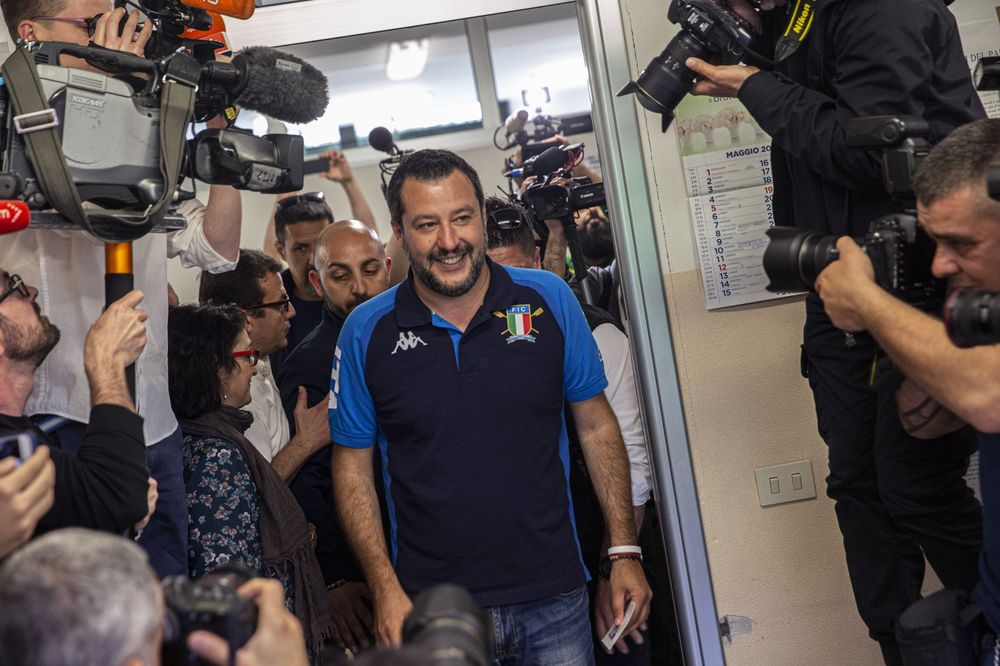 Italy's League Surging Toward Top Spot Without Knockout Blow