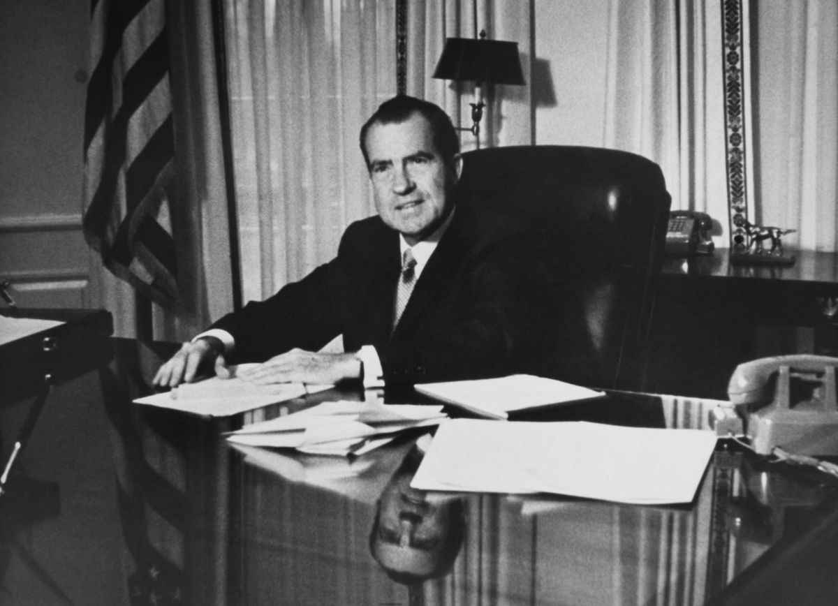 did president nixons role in the watergate scandal warrant his impeachment? Impeachment process against richard nixon president richard nixon's farewell speech to white house staff on the morning of august 9, 1974, after his resignation was announced but a little before it became effective.