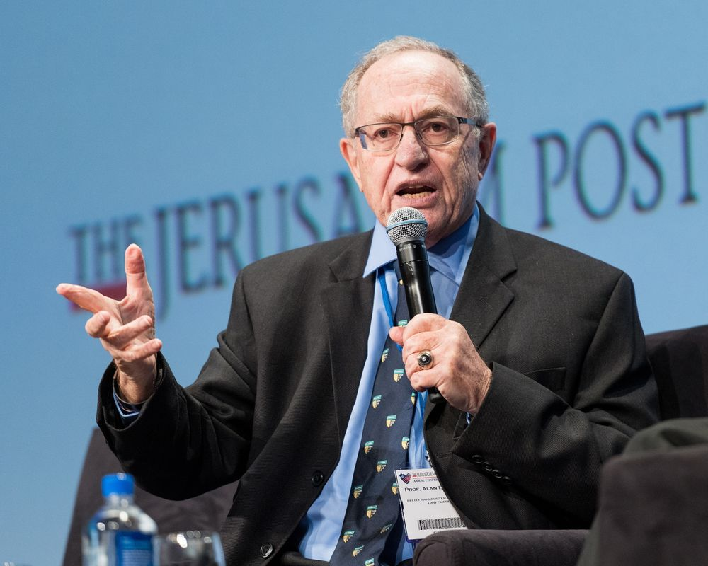 The 81-year old son of father (?) and mother(?) Alan Dershowitz in 2020 photo. Alan Dershowitz earned a million dollar salary - leaving the net worth at million in 2020