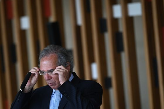 Bolsonaro Trims Down Long-Awaited Income Tax Reform Proposal