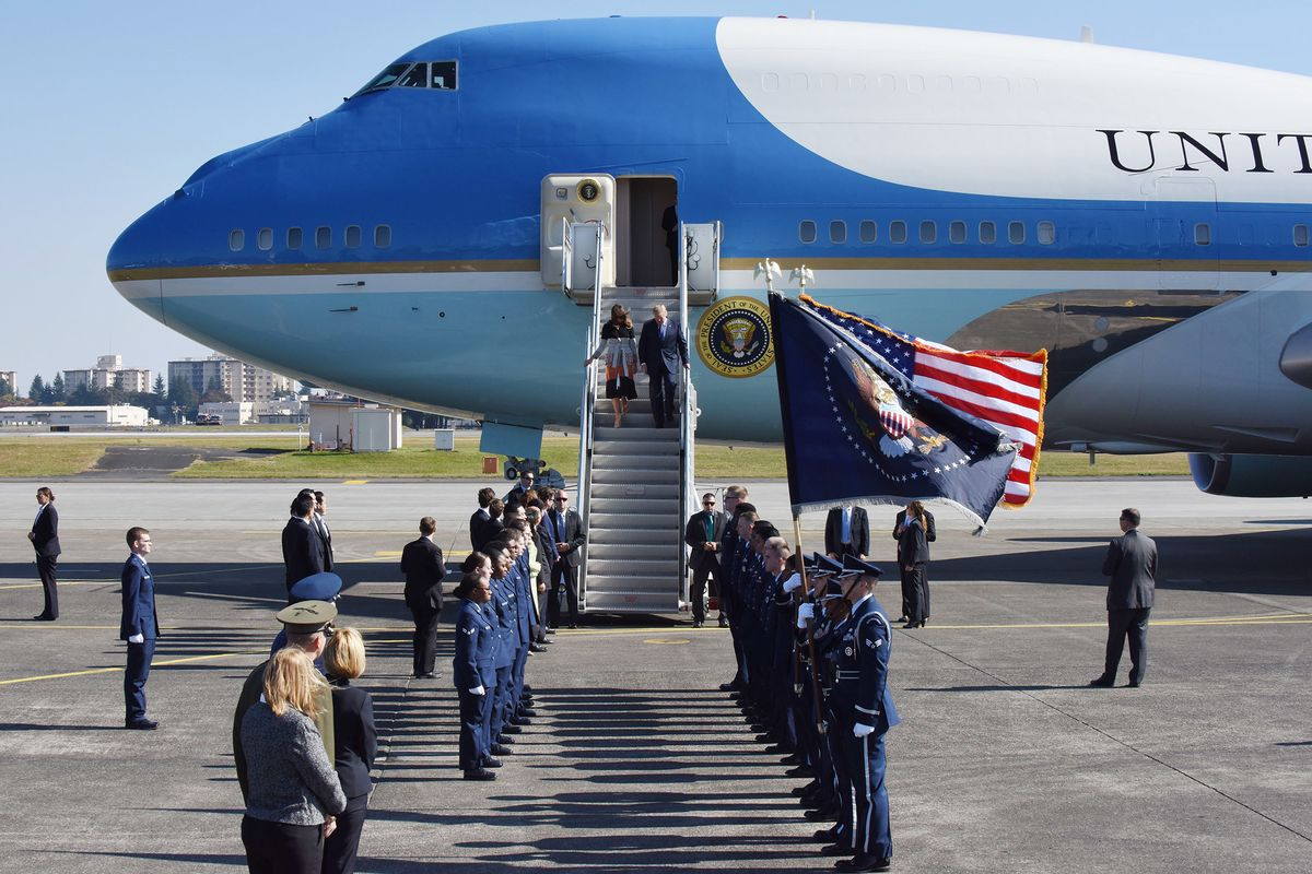 727766604 Trump, Boeing Reach $3.9 Billion Deal for New Air Force One - Bloomberg