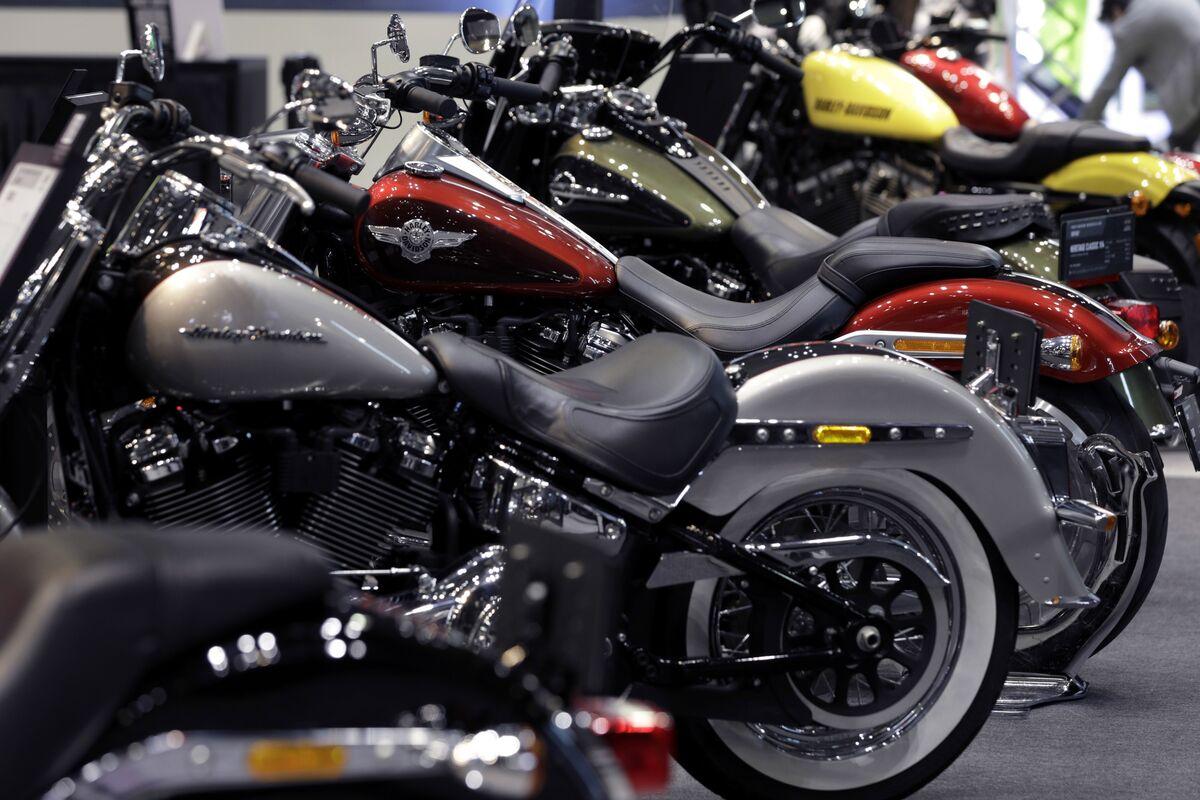 Harley Gains as Reduced Profits Still Beat Analysts' Estimates