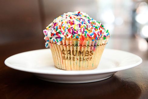 As Cupcake Fad Fades, Crumbs Branches Out
