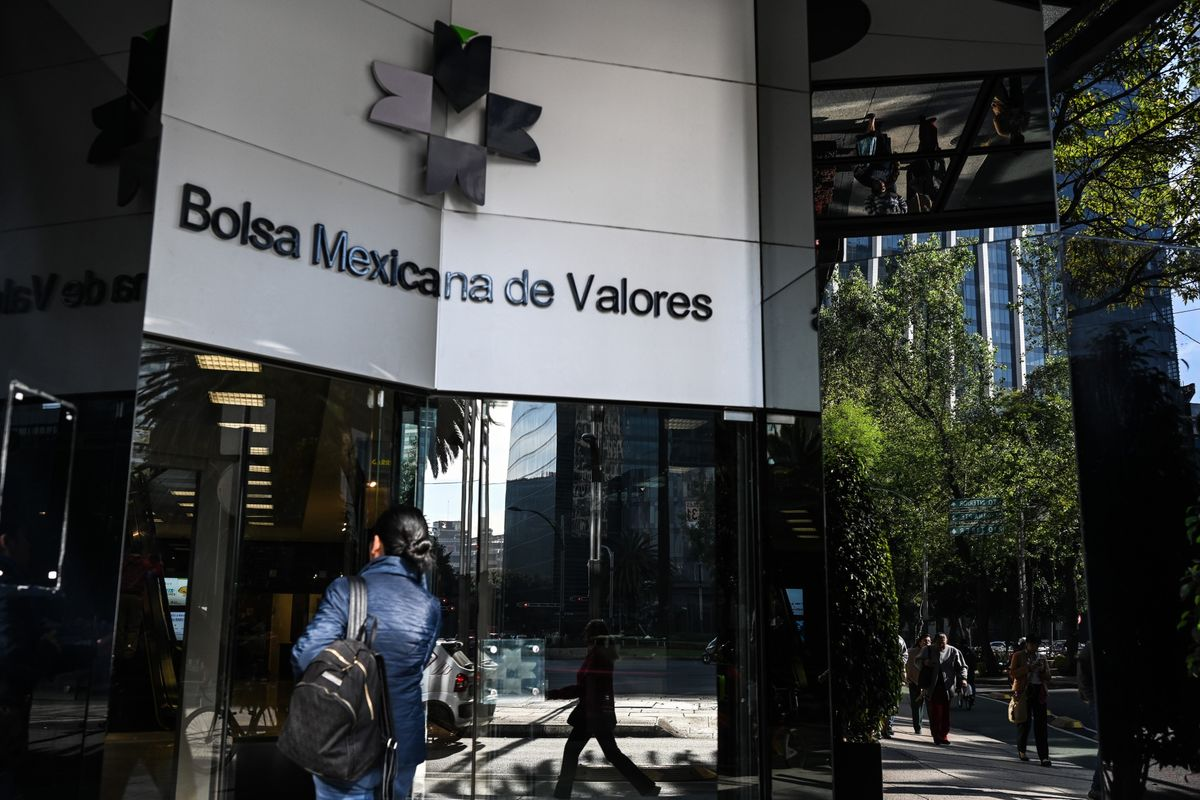 Mexico Equity Drought Deepens Under Lopez Obrador's Watch