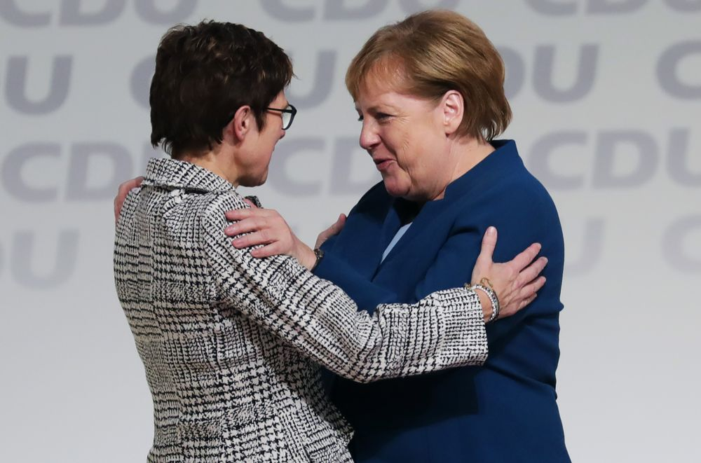German CDU Head Says She Won't Seek Early Merkel Exit, Welt Says