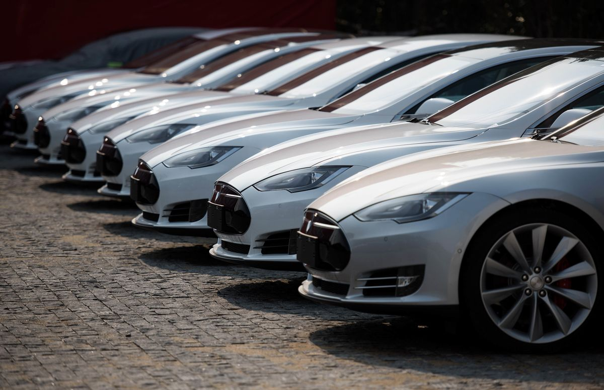 Rival Automakers Are Funding Tesla Through Electric Car Credits