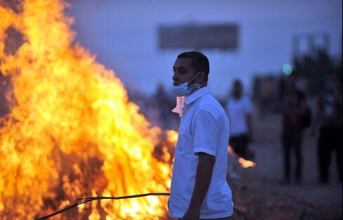 Egypt Says Islamist Sit-Ins Must End Soon as Diplomats Seek Deal