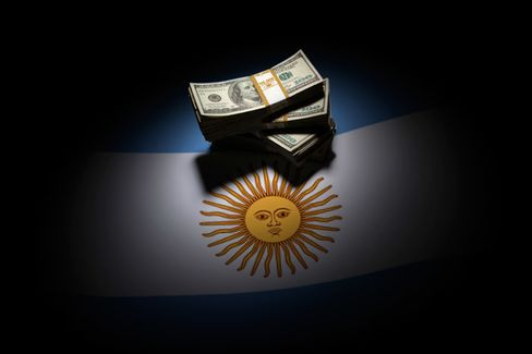 Argentines Hold More Than $50 Billion in U.S. Currency. Here's How We Know