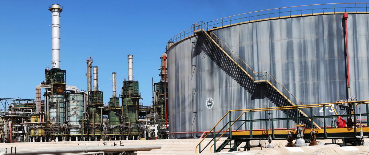 Libya Halts Sharara Oil Loadings as Biggest Field Shuts Down