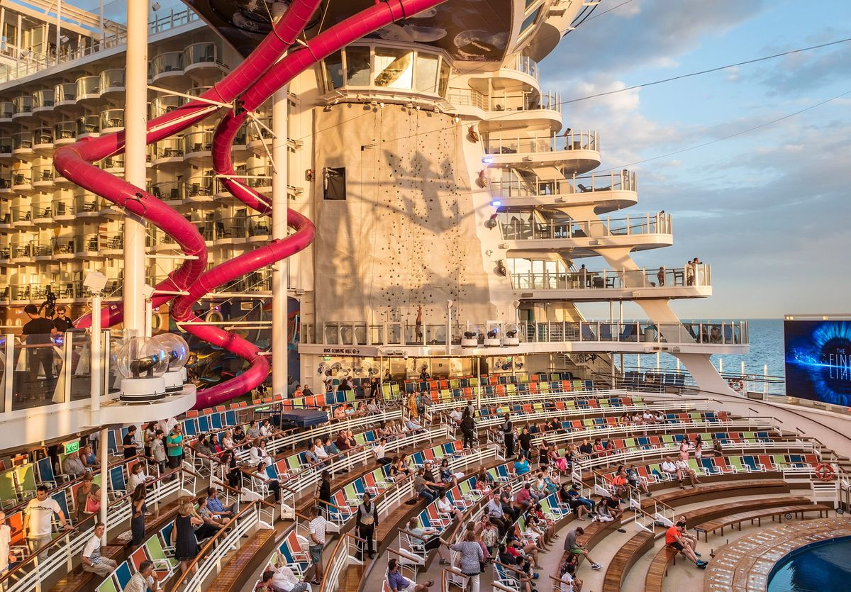 Life Aboard Harmony Of The Seas The Worlds Biggest Cruise Ship - Largest cruise ship in the world