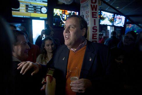 Governor Chris Christie Campaign Stop With Governor Larry Hogan