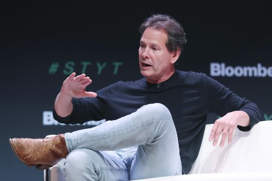 PayPal Rises as E-Commerce Strength Persists in Vaccine Era
