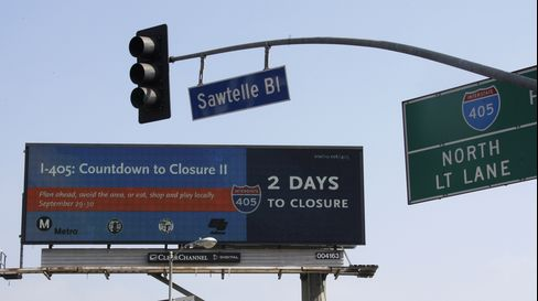 L.A. Digital Billboards Darkened in Row with Residents and Rival
