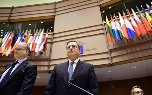 European Central Bank President Mario Draghi arrives to deliver introductory remarks in front of the Economic and Monetary Affairs Committee at the European Parliament, in Brussels, on March 23, 2015.