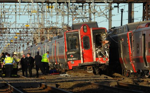 Connecticut Train Crash Rips Up Lines, Hampers Rail Traffic