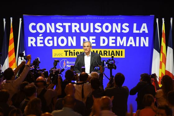 Macron and Le Pen Both Disappoint in French Regional Vote
