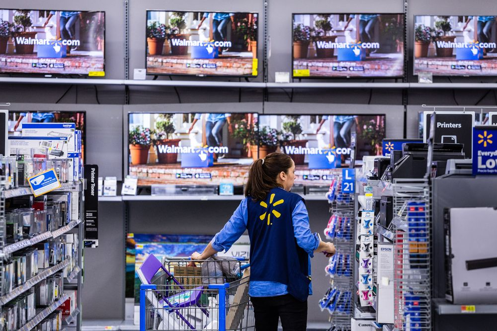 Walmart Sees U S  Sales Expansion Chugging Along Next Year