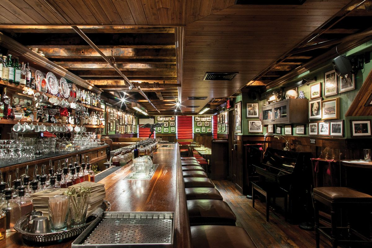 Manhattan S Dead Rabbit Is Named The World S Best Bar