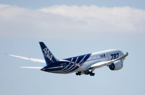 Dreamliner Takes Flight as ANA Touts Bigger Cabin
