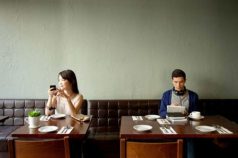 IDining: The Highs and Lows of Tablets on the Table
