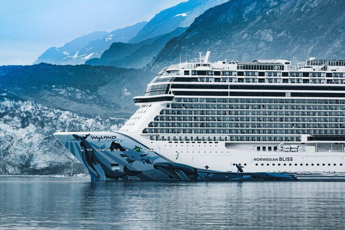 Cruise Lines Gain as Senate Advances Bill Resuming Alaskan Trips