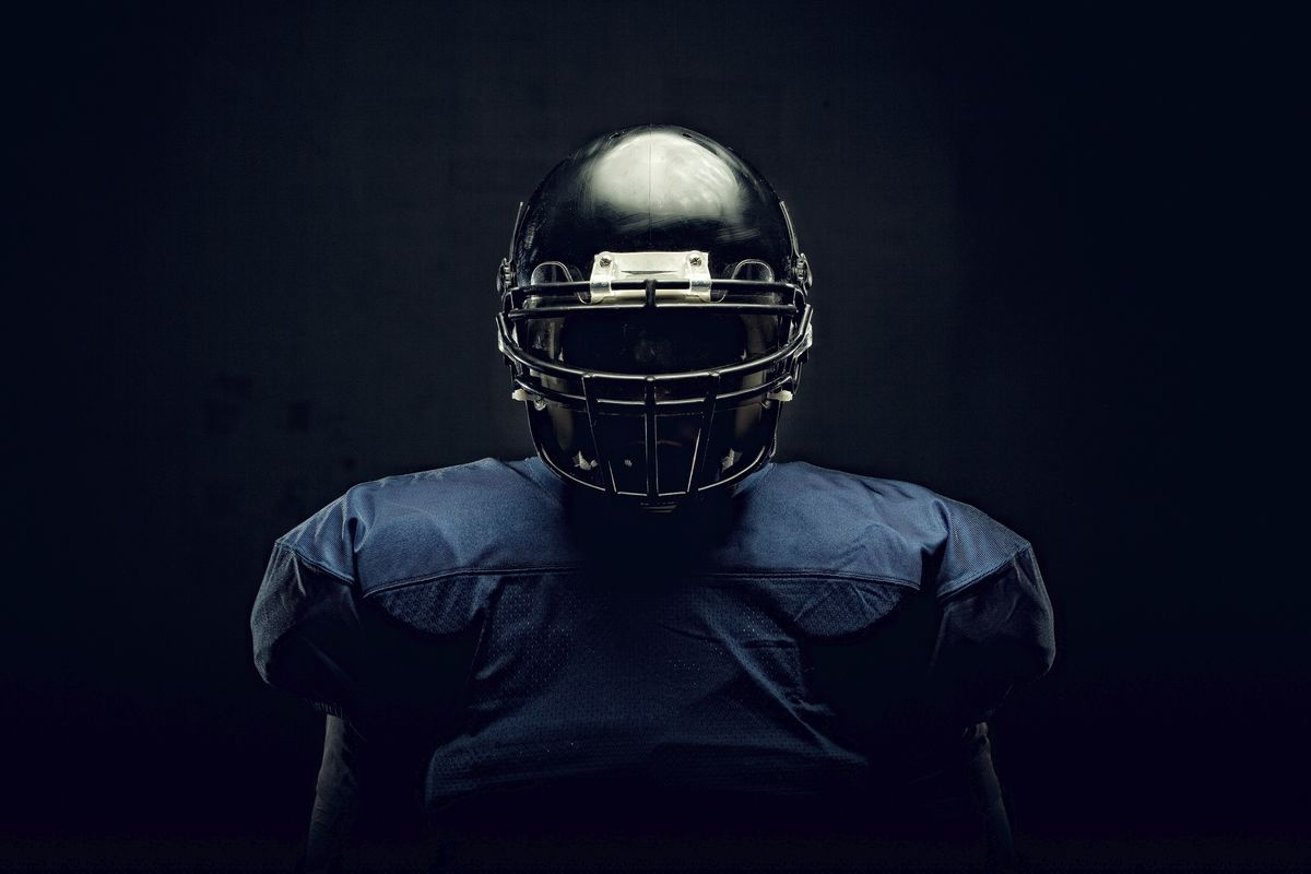 4ae3aa07 The Truth About the Safety Ratings That Sell Football Helmets ...