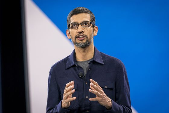 Alphabet Chairman Struggles With Google CEO's China Strategy