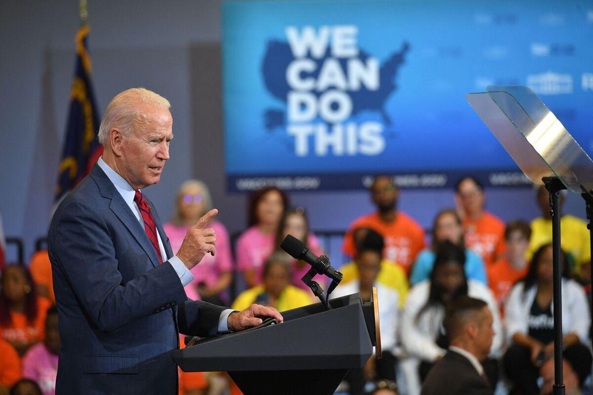 Biden Urges Shots, Two Children on Cruise Infected: Virus Update