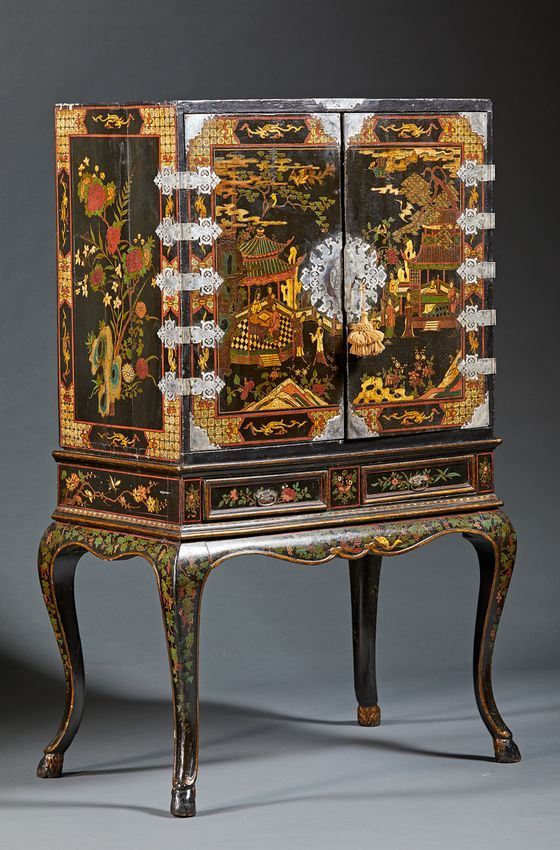 InvestorsAre Raising $100 Million to Buy Unloved Antiques