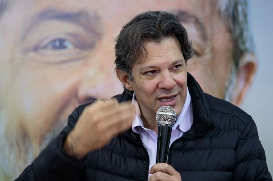 Haddad to Replace Lula as Candidate by Tuesday, Party Members Say