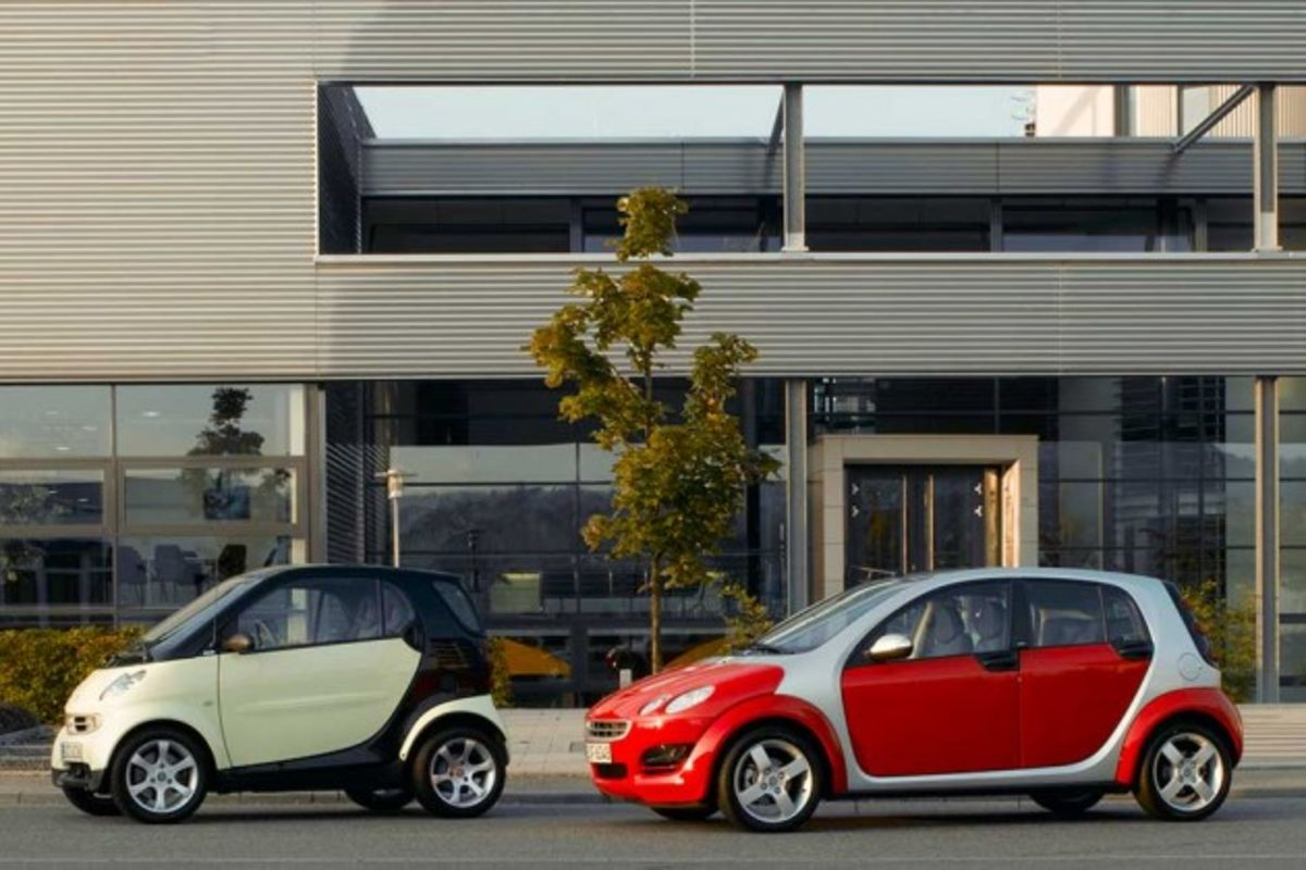 Daimler's Smart Car Nears Relaunch of Four-Door ForFour