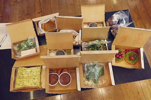 Goose Box meals come with beautiful packaging.